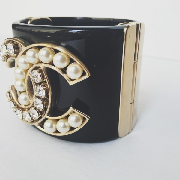 Chanel Cuff - We sell richness 2838082e06bd
